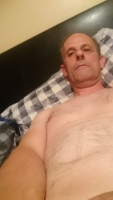 """Hi,  I'm a friendly widower from nr Arundel / Worthing.  I'm slim with thinning brown hair and eyes.  I'm 5'7"""" tall. I'm really looking for a """"one special"""" regular fwb who enjoys an adventurous sex life. I'm looking a very special woman to keep me interested. Into fantasy, role play,I absolutely love giving O until you're completely satisfied!  Uniforms,  women in lingerie & stockings!  Preferably between 18-45, but not set in stone! I'm not looking for a gf, but I don't sleep around.  I'm more into just 1 partner."""